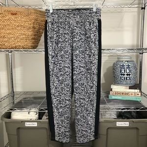 LULULEMON | printed jogger pants workout 4 S